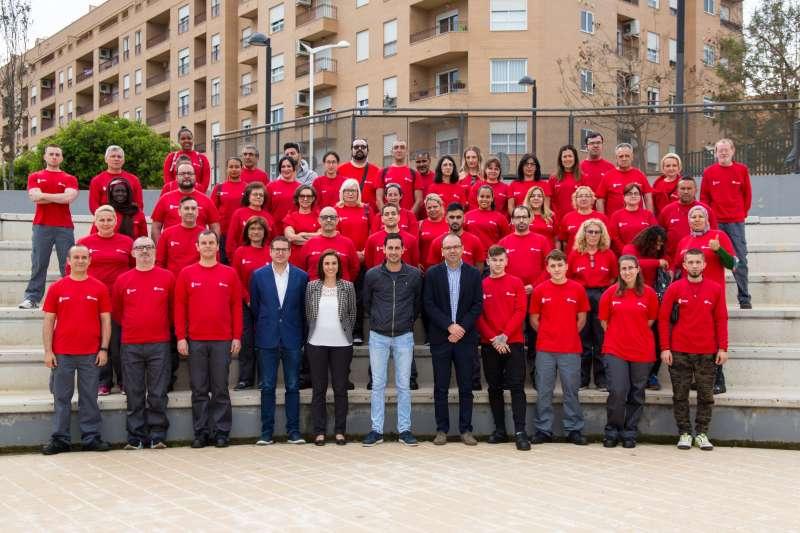 Algunas de las personas empleadas en Mislata en 2019. EPDA