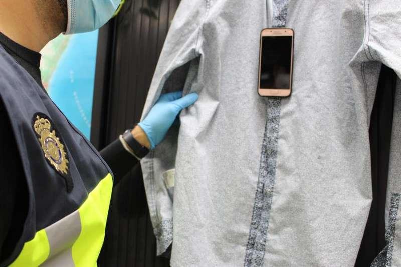 Imagen del dispositivo que utilizaban los detenidos en una fotografía facilitada por la Policía Nacional.