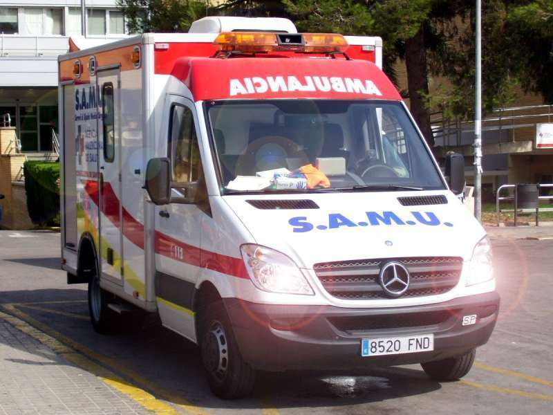 Imagen de archivo de una ambulancia SAMU