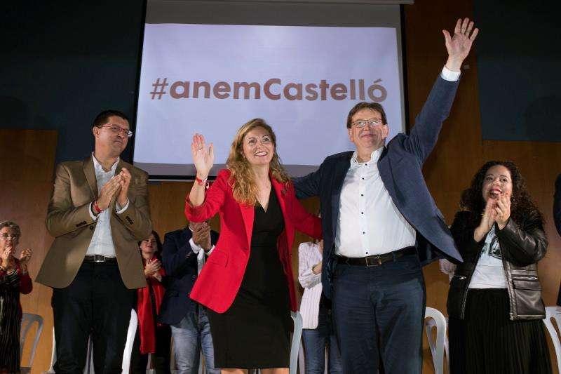 El president de la Generalitat, Ximo Puig junto a Amparo Marco. EFE