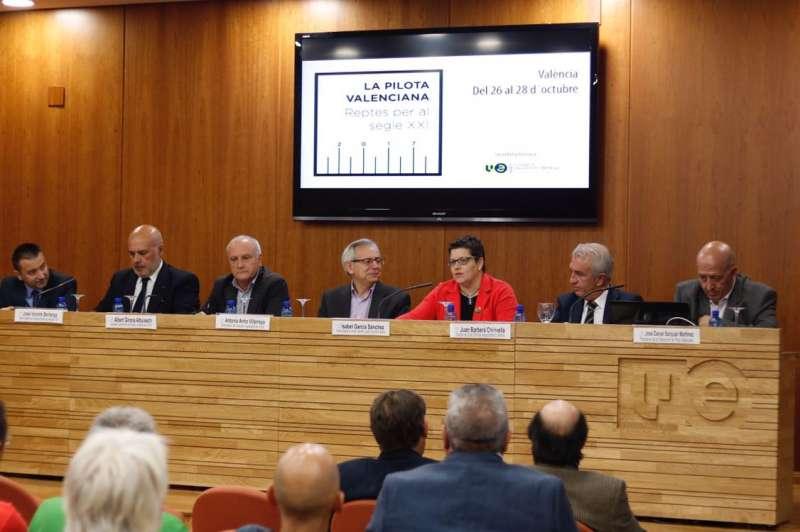 La diputada provincial de Deportes, Isabel García.