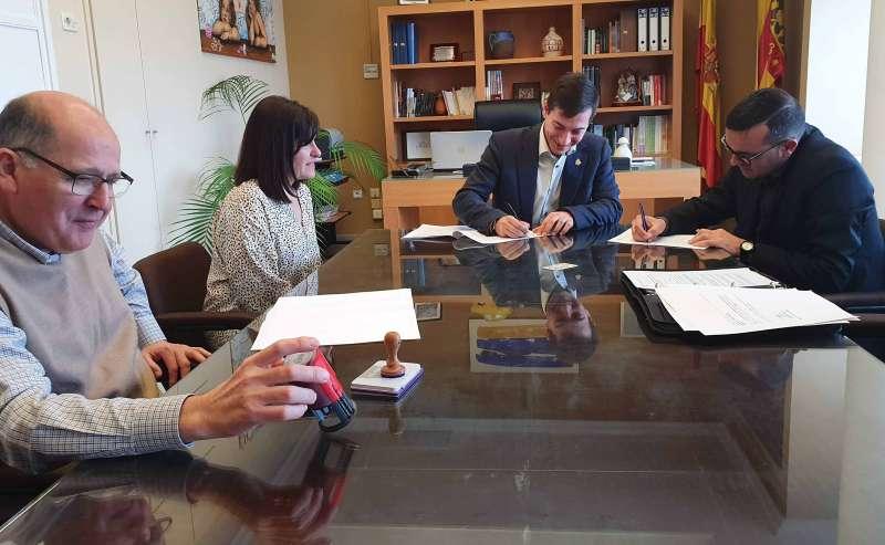 Firma del acuerdo de colaboración. EPDA