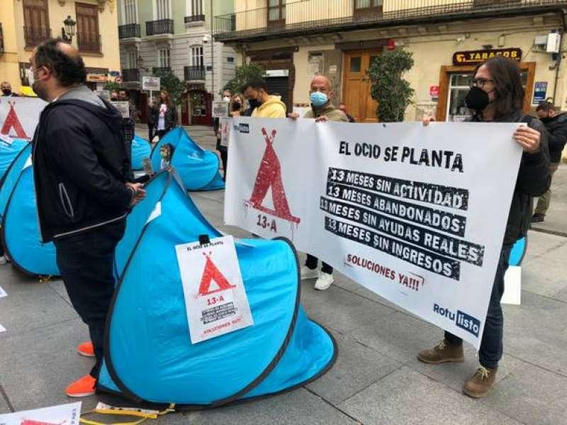 Acampada #13A a la que mañana se sumarán los hosteleros valencianos.