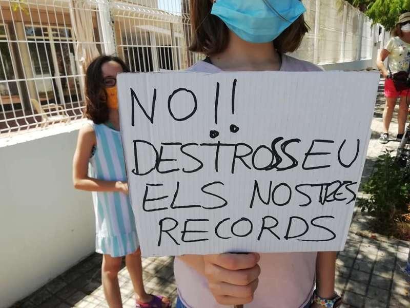 Otra de las acciones reivindicativas en defensa de La Torreta del Pirata de Godella. EPDA