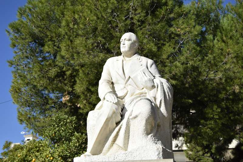 Estatua de Vicente Blasco Ibáñez. EPDA