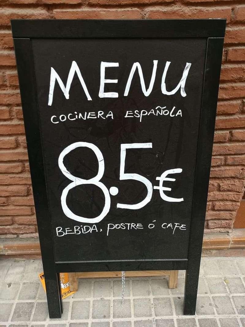 Cocinera española. B. BUENO