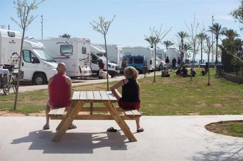 La caravana puede contribuir a mejorar la economía de las zonas de interior.