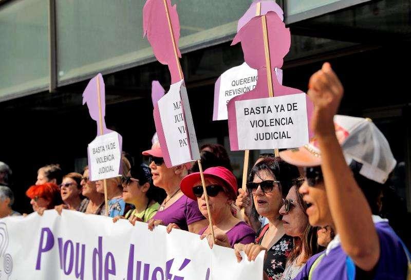 El Movimiento Feminista de Valencia reclama al Tribunal Supremo que revoque la sentencia a la