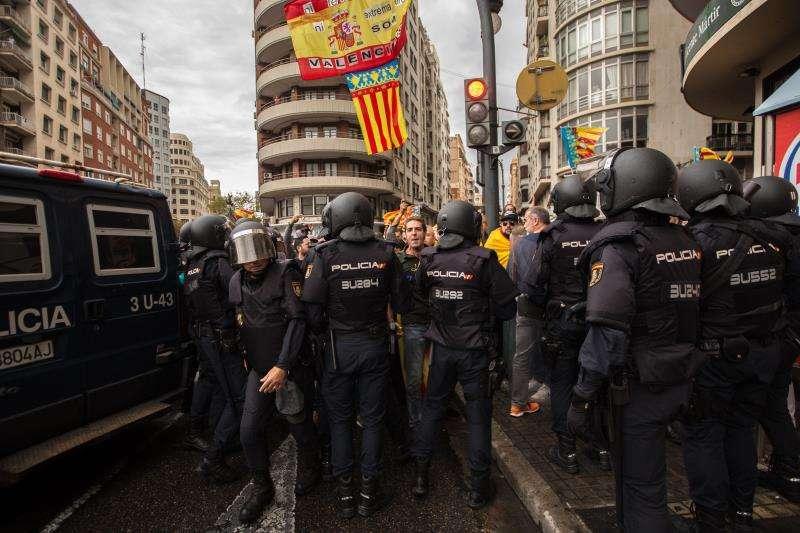 Despliegue policial el pasado 9 de Octubre en la plaza de San Agust�n de Val�ncia. EFE/Archivo