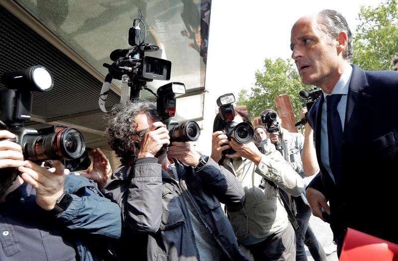 La Audiencia Nacional ordena investigar adjudicaciones del PP de Camps a Gürtel. El expresident de la Generalitat Francisco Camps a su llegada a sede judicial. EFE/Archivo