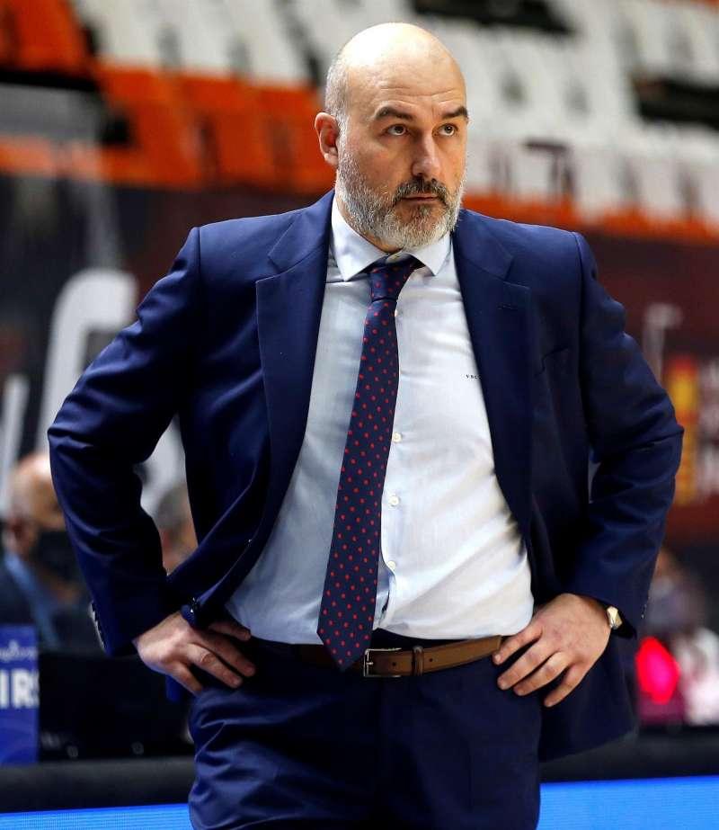 El entrenador del Valencia Basket, Jaume Ponsarnau, en una imagen reciente. EFE