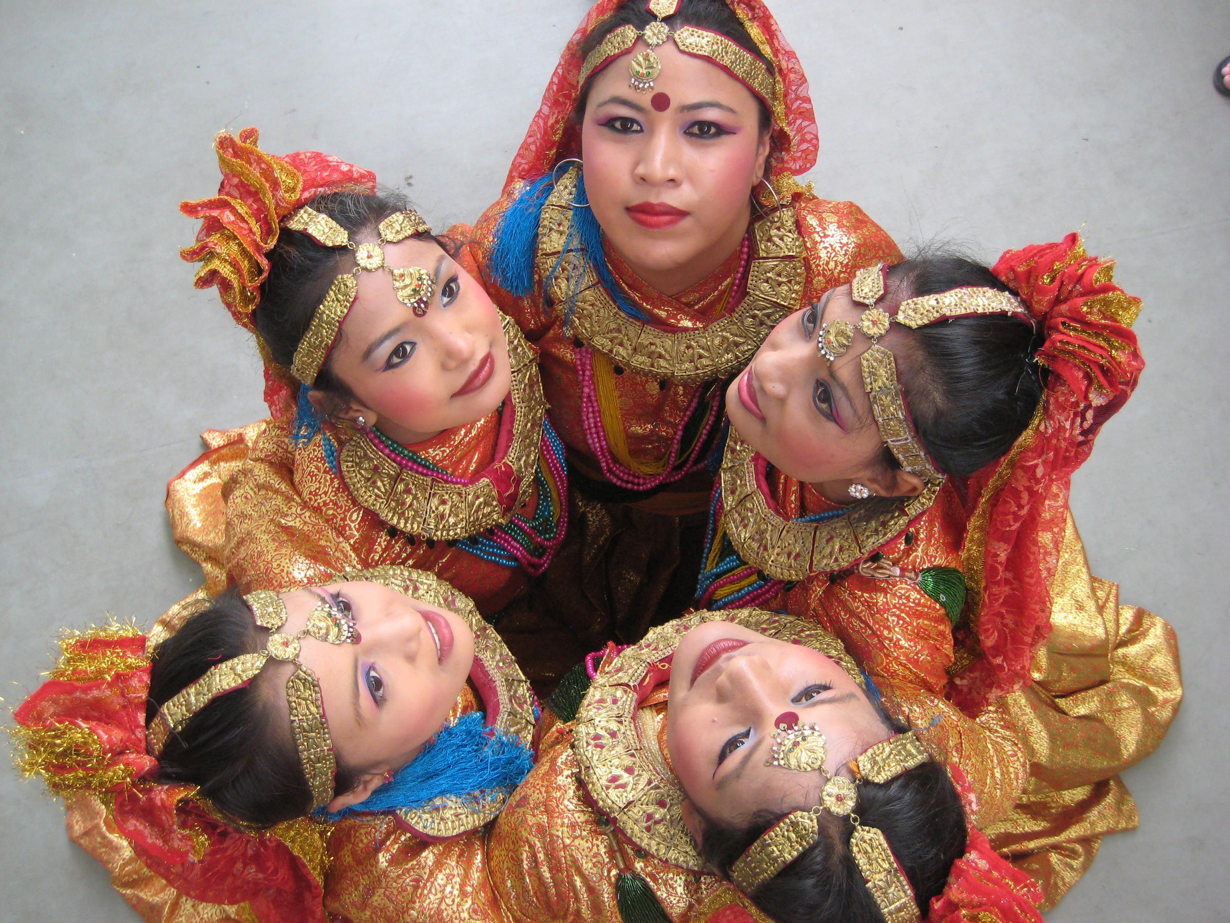 Imagen de la actuación de Nepal. FOTO: DIVAL