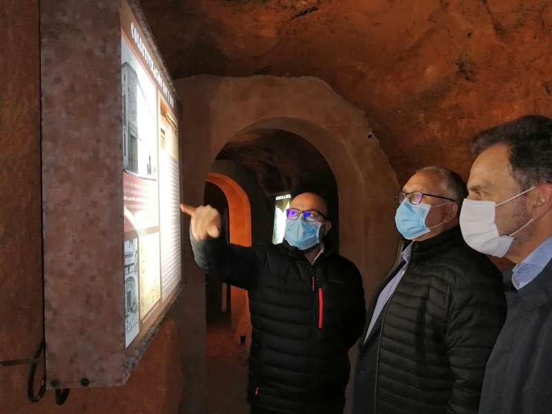 Such, Molina y Benlliure durante la visita a espacios rehabilitados con fondos FEDER