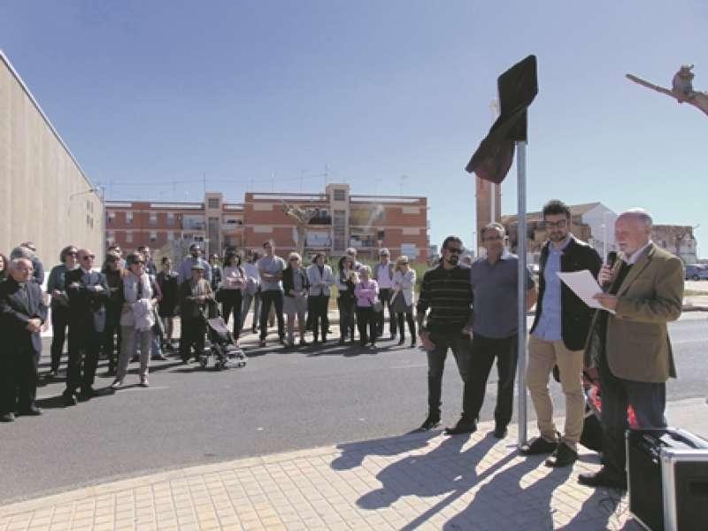 Acto de inauguración de una de las nuevas calles de Alfara del Patriarca. EPDA