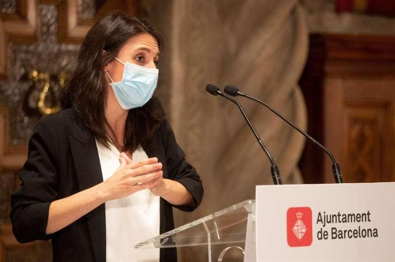 La ministra de Igualdad, Irene Montero, este lunes en el Ayuntamiento de Barcelona. EFE