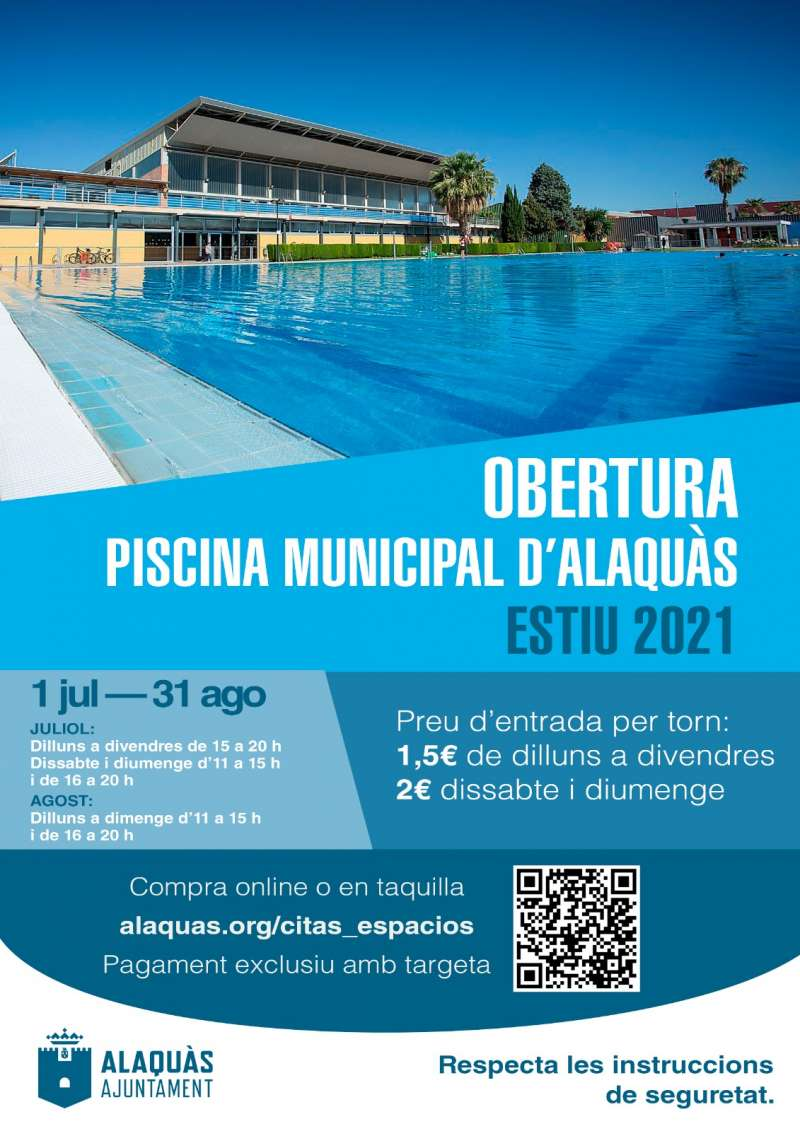 Cartel anunciando la apertura de la piscina municipal.