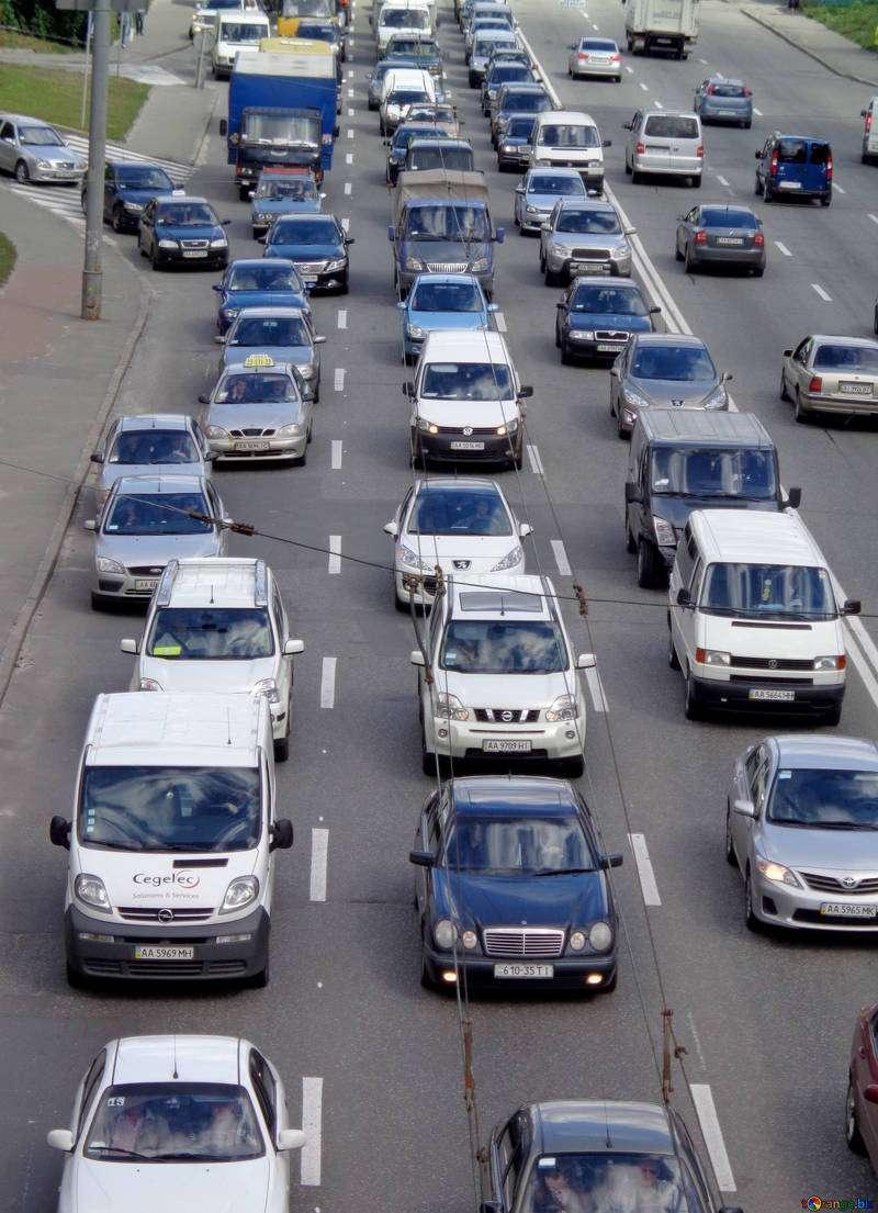 Congestión por un accidente en la Pista de Silla