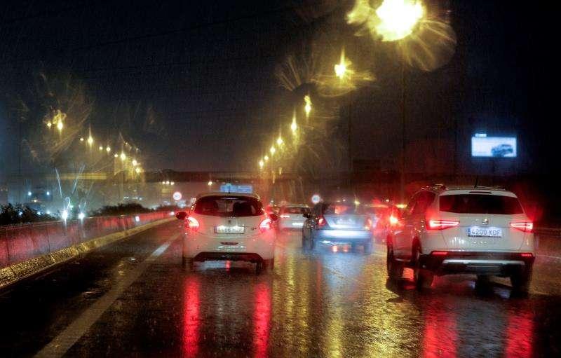 Imagen de la entrada a la ciudad de València por la autovía A-3. EFE/Archivo