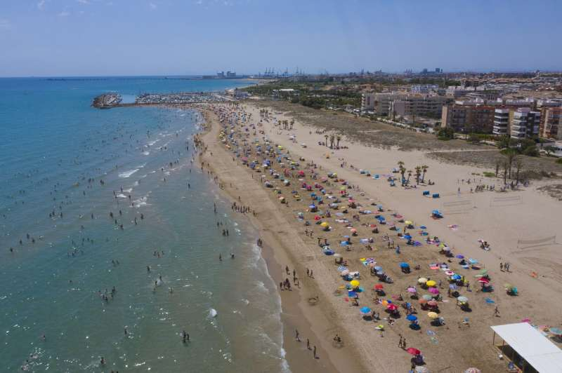 Vista aèria de la platja de Canet d