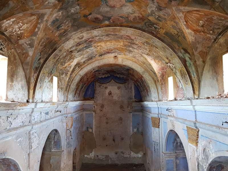 Interior de la iglesia de Benicalaf de Benavites. EPDA