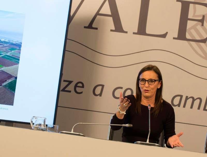 Mª Josep Amigó en rueda de prensa