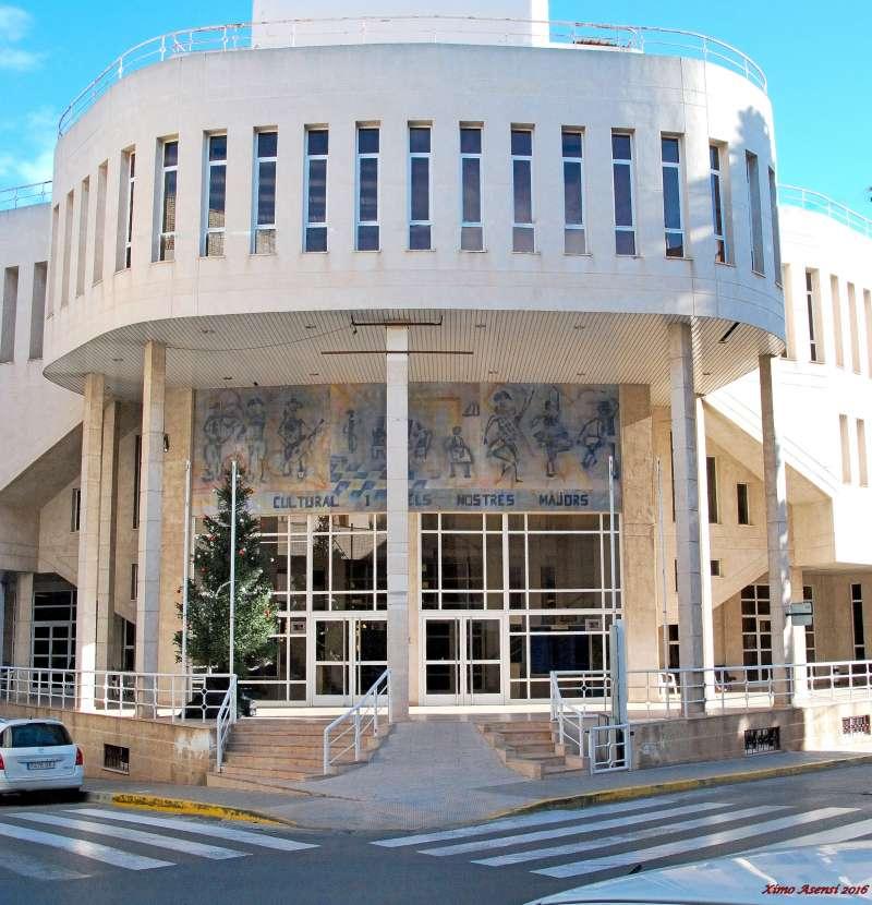 Façana de la Casa de Cultura de Bétera. EPDA