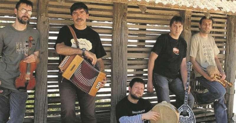 Tres fan ball actuarán en las fiestas de Tavernes Blanques. EPDA