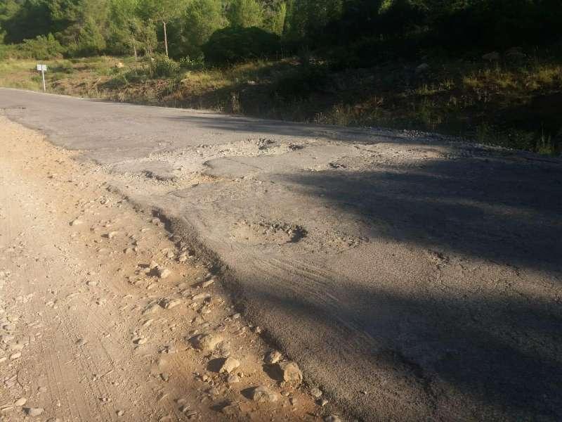 Estado de la carretera de Miravet