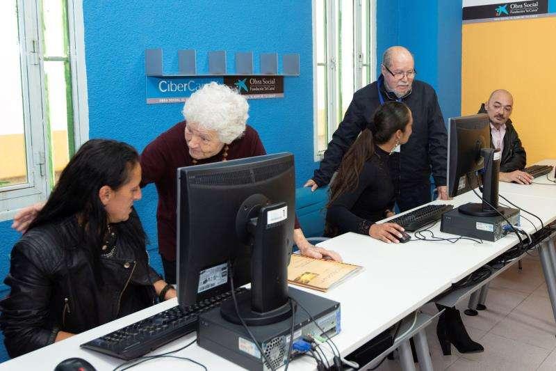 Una imagen de los cursos de informática, facilitada por la Obra Social
