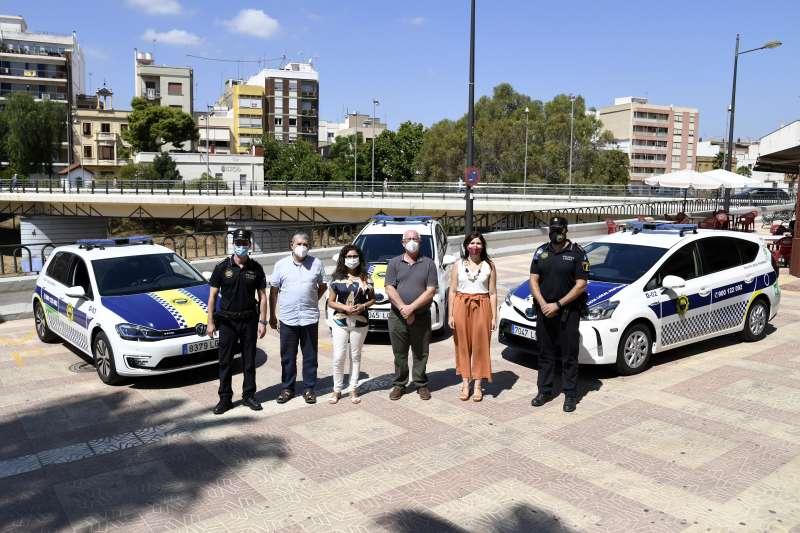 Nueva flota coches eléctricos Policía Local Paiporta./ EPDA