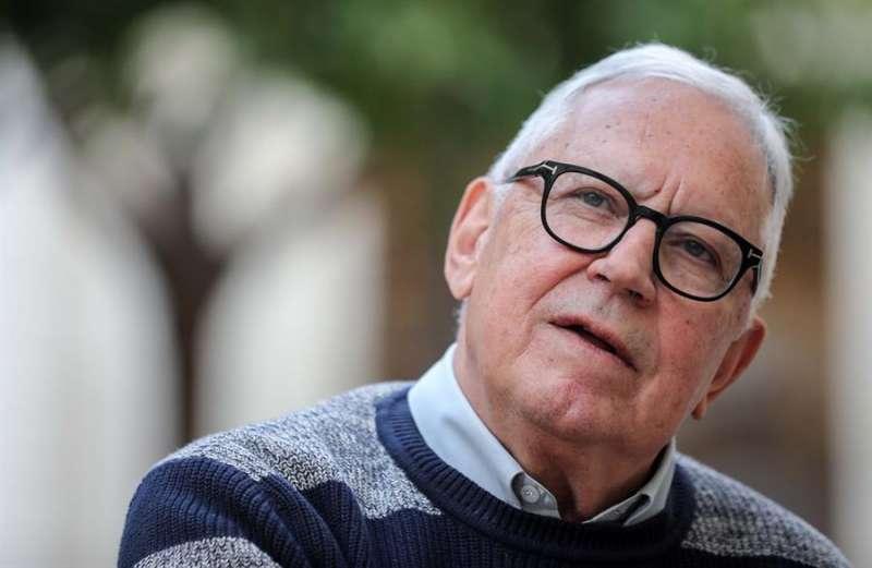 El escritor y periodista Fernando Delgado. / EFE