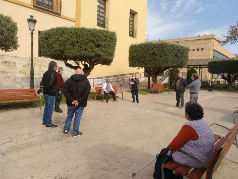 Concentración de pensionistas en Paterna