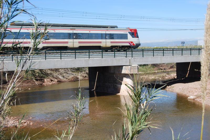 Imagen de la zona del puente sobre el río Seco
